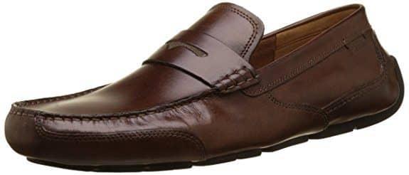 """נעלי מוקסין לגבר מבית Clarks כ- 198 ש""""ח כולל משלוח עד הבית!"""