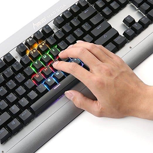 Mechanical Gaming Keyboard with 104 Anti-ghosting K380 רק 33.74$ כולל משלוח