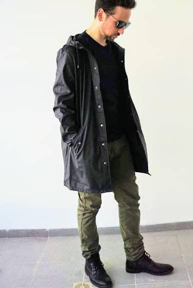 """(הקפצה) מעיל גשם, טי שירט וכובע ליום גשום בכ230 ש""""ח"""