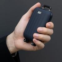 קר לכם בחורף ובטיסות? סוללת גיבוי משולבת מחמם ידיים של 3Life בצורת מזוודה חמודה בשלל צבעים :-)