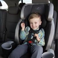 כסא בטיחות ובוסטר Evenflo Maestro Sport רק ב₪399 במקום ₪499