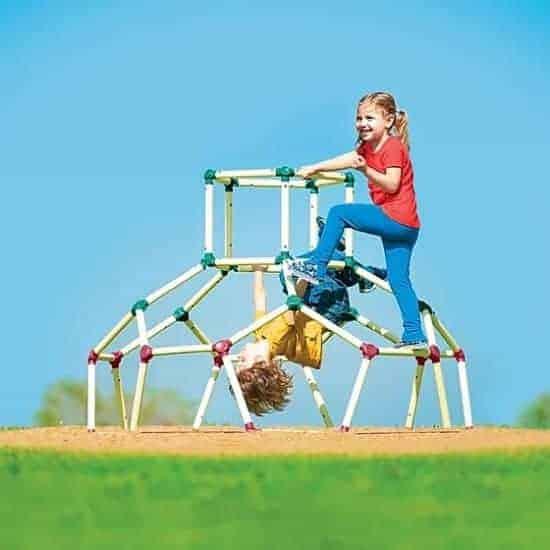 """הילדים גורמים לכם לטפס על הקירות? תביאו להם כיפת טיפוס! מבית Lil Monkey, רק ב439 ש""""ח כולל משלוח חינם!"""